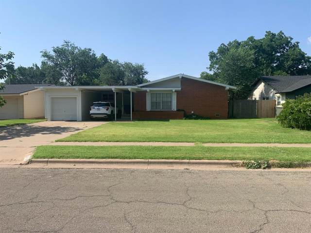 3015 55th Street, Lubbock, TX 79413 (MLS #202110046) :: Better Homes and Gardens Real Estate Blu Realty
