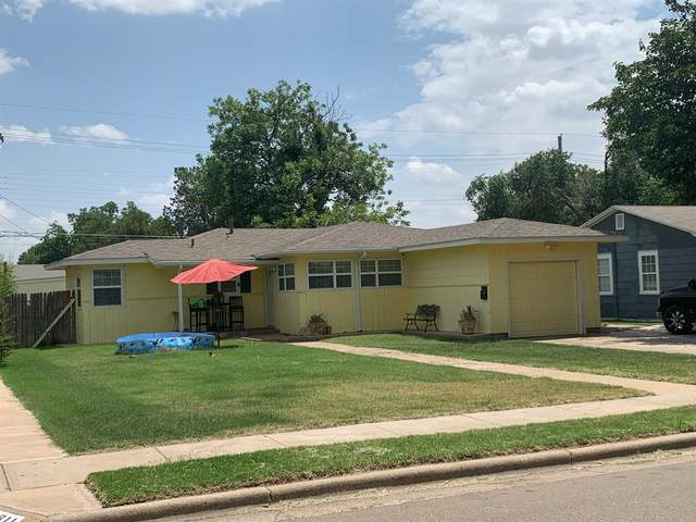 3813 31st Street, Lubbock, TX 79410 (MLS #202110047) :: HergGroup Lubbock