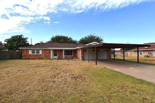 735 S 21st Street, Slaton, TX 79364 (MLS #202110205) :: Lyons Realty