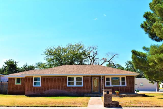 702 Ave K, Levelland, TX 79336 (MLS #202110249) :: Duncan Realty Group