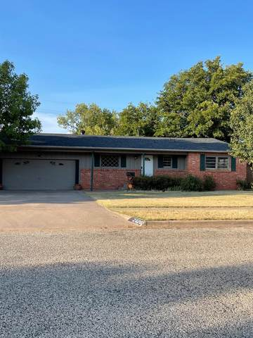 2326 55th Street, Lubbock, TX 79412 (MLS #202110252) :: Better Homes and Gardens Real Estate Blu Realty