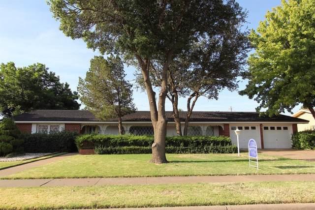 807 7th Street, Wolfforth, TX 79382 (MLS #202110457) :: The Lindsey Bartley Team