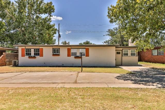 2723 66th Street, Lubbock, TX 79413 (MLS #202110492) :: The Lindsey Bartley Team