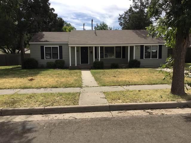 3205 31st Street, Lubbock, TX 79410 (MLS #202110543) :: Scott Toman Team