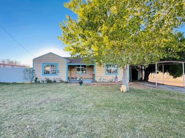1002 School Avenue, Sundown, TX 79336 (MLS #202110686) :: Better Homes and Gardens Real Estate Blu Realty