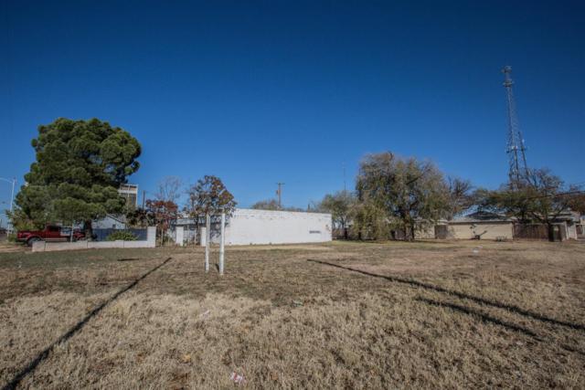 1611 Ave L, Lubbock, TX 79401 (MLS #201704931) :: Lyons Realty