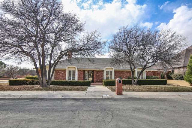 17 Whisperwood Circle, Lubbock, TX 79416 (MLS #201800763) :: Lyons Realty