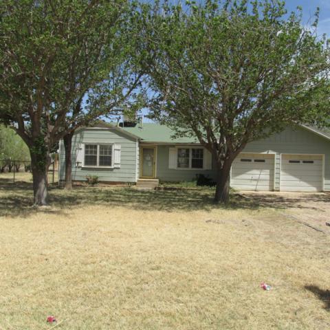 1712 N County Road 1450, Lubbock, TX 79416 (MLS #201804503) :: Lyons Realty