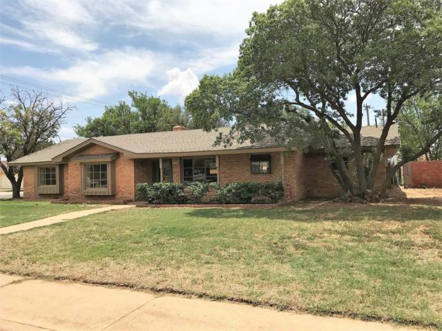 102 Redwood Lane, Levelland, TX 79336 (MLS #201805118) :: Lyons Realty