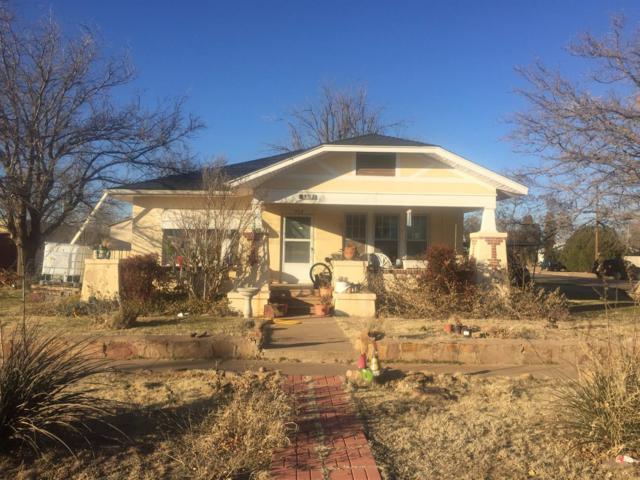 302 W 10th, Post, TX 79356 (MLS #201805424) :: Lyons Realty