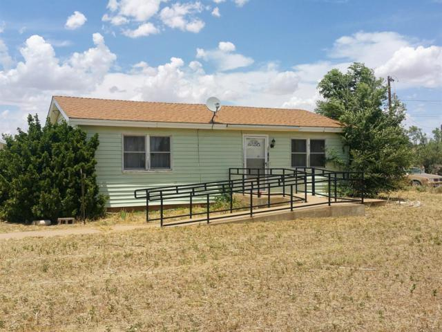504 Battery Road, Levelland, TX 79336 (MLS #201805855) :: Lyons Realty