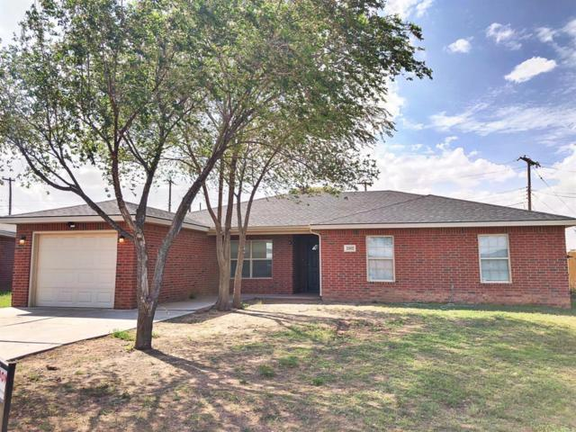 2302 Hickory Avenue, Lubbock, TX 79404 (MLS #201808537) :: Lyons Realty