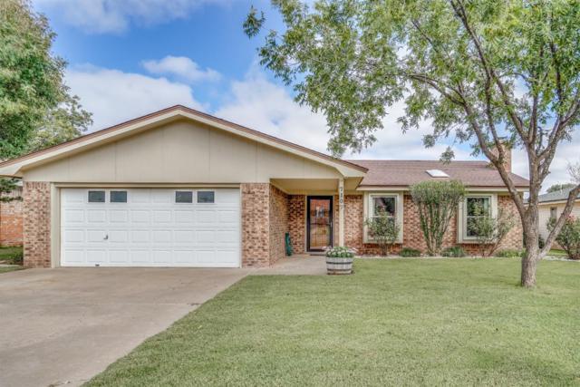 7107 Zoar Avenue, Lubbock, TX 79424 (MLS #201808725) :: Lyons Realty