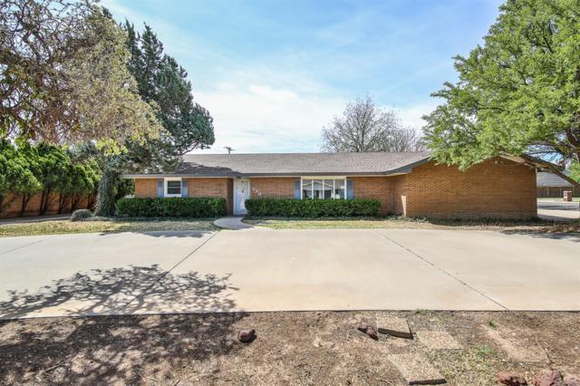 230 Redwood Lane, Levelland, TX 79336 (MLS #201809080) :: Lyons Realty