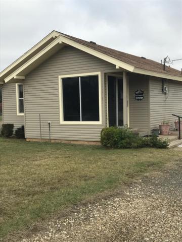 1117 E Tahoka Road, Brownfield, TX 79316 (MLS #201809519) :: Lyons Realty