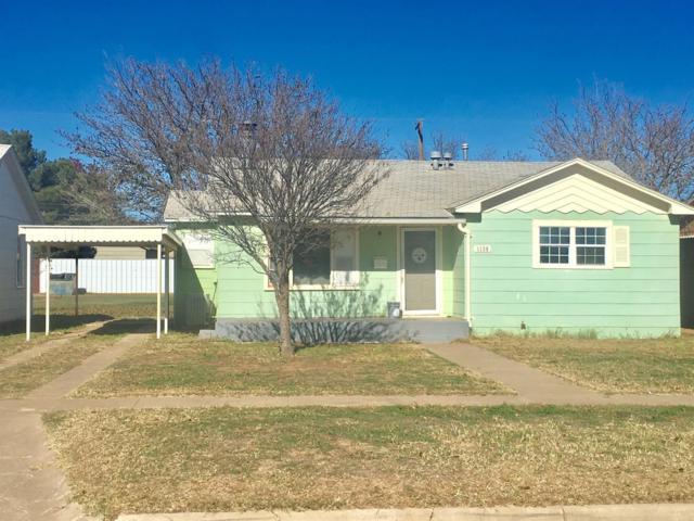 1130 W Lynn Street, Slaton, TX 79364 (MLS #201809786) :: McDougal Realtors