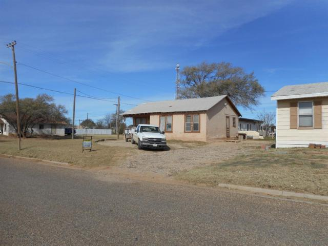911 Ninth Street, Levelland, TX 79336 (MLS #201810192) :: Better Homes and Gardens Real Estate Blu Realty