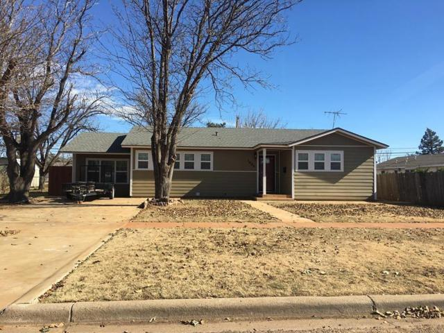1004 Zephyr, Plainview, TX 79072 (MLS #201810216) :: The Lindsey Bartley Team
