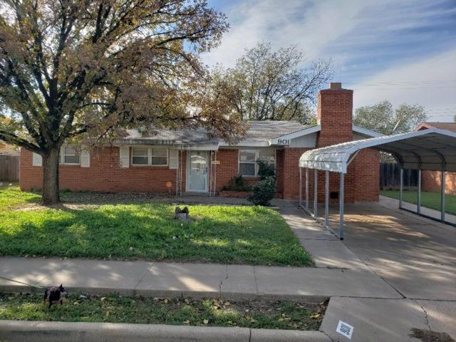 901 S Pecos Street, Brownfield, TX 79316 (MLS #201810384) :: Lyons Realty