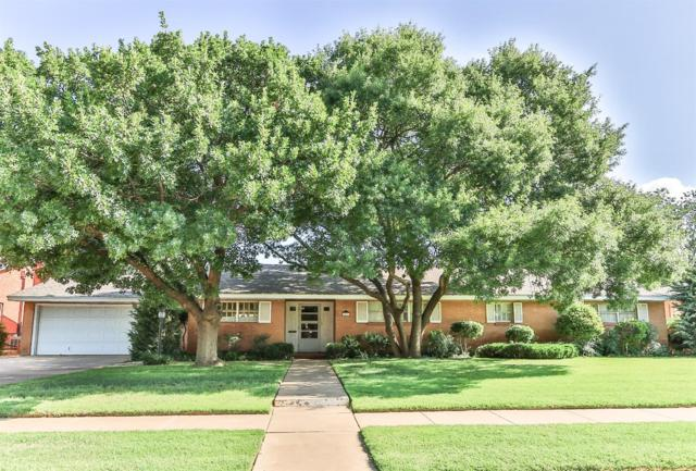 2210 33rd Street, Lubbock, TX 79411 (MLS #201900088) :: The Lindsey Bartley Team