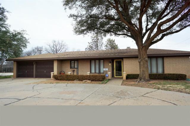 1715 E Tate Street, Brownfield, TX 79316 (MLS #201900236) :: Lyons Realty