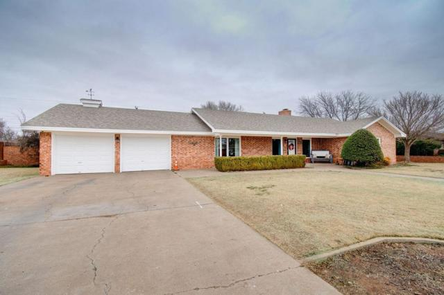 1309 7th Street, Shallowater, TX 79363 (MLS #201901996) :: The Lindsey Bartley Team
