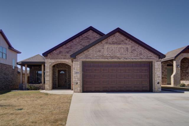 2109 100th Street, Lubbock, TX 79423 (MLS #201902673) :: Lyons Realty