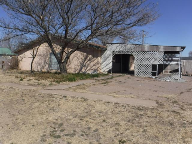 915 E Fir Avenue, Muleshoe, TX 79347 (MLS #201902745) :: Lyons Realty