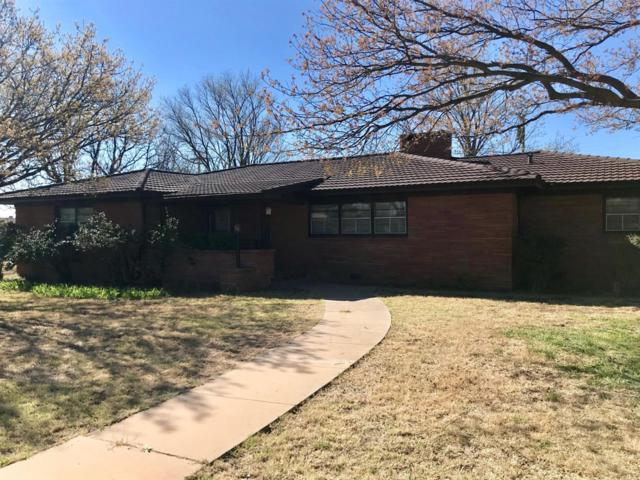 1402 Watts, Ralls, TX 79357 (MLS #201903074) :: Reside in Lubbock | Keller Williams Realty