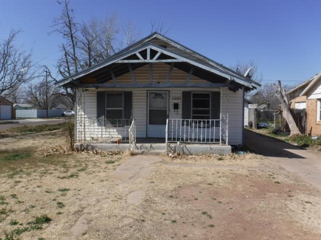 1301 Kokomo Street, Plainview, TX 79072 (MLS #201903387) :: Reside in Lubbock | Keller Williams Realty