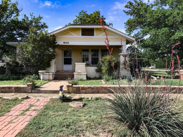 302 W 10th, Post, TX 79356 (MLS #201904161) :: McDougal Realtors