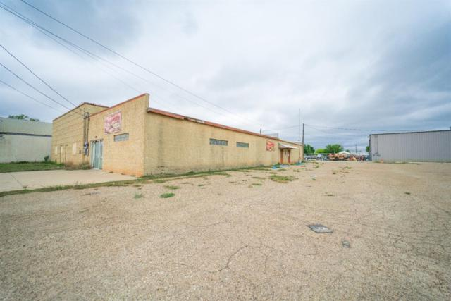 130 E Lynn Street, Slaton, TX 79364 (MLS #201904228) :: The Lindsey Bartley Team