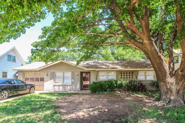 1930 68th Street, Lubbock, TX 79412 (MLS #201904429) :: McDougal Realtors