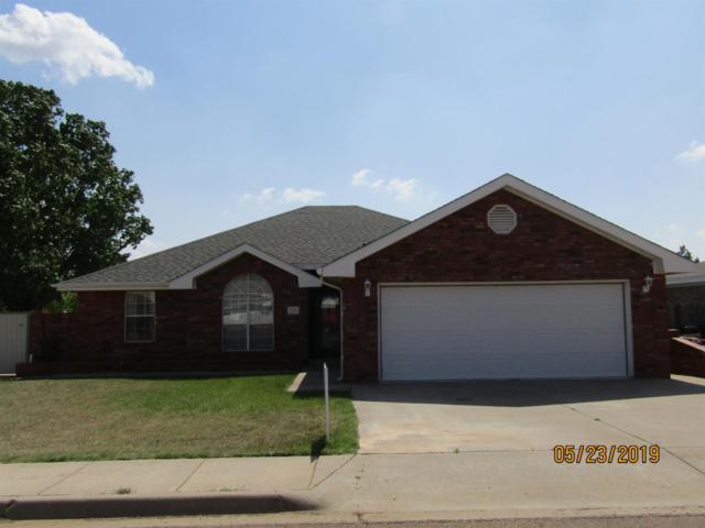407 5th Street, Farwell, TX 79325 (MLS #201904689) :: McDougal Realtors