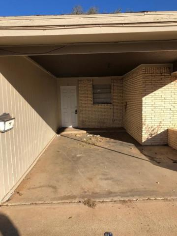 1622 58th Street, Lubbock, TX 79412 (MLS #201904727) :: Stacey Rogers Real Estate Group at Keller Williams Realty