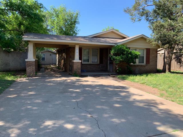2105 26th Street, Lubbock, TX 79411 (MLS #201904989) :: Lyons Realty