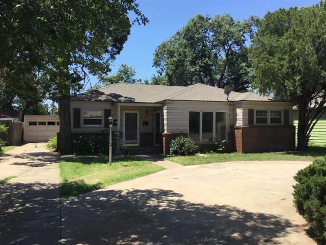 2403 30th Street, Lubbock, TX 79411 (MLS #201905553) :: McDougal Realtors