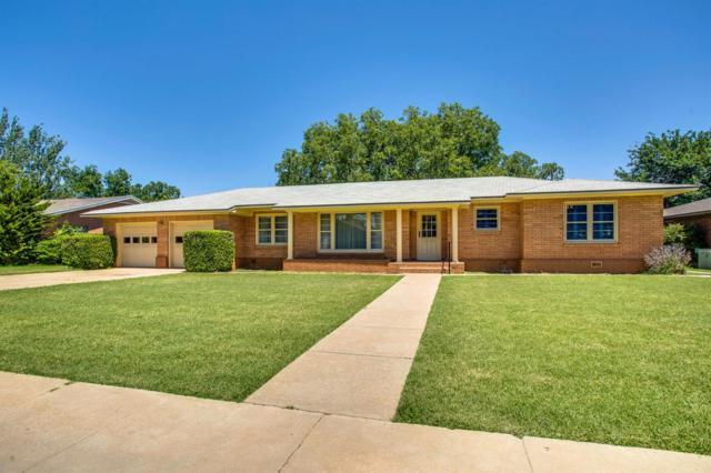 2206 33rd Street, Lubbock, TX 79411 (MLS #201905853) :: McDougal Realtors