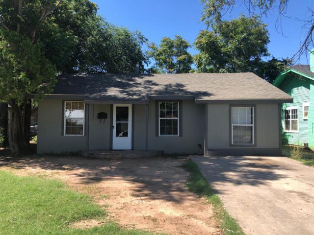 2213 25th Street, Lubbock, TX 79411 (MLS #201906209) :: McDougal Realtors