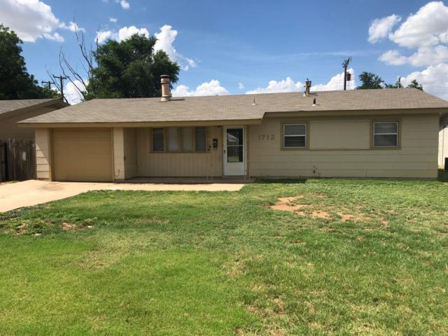 1712 44th Street, Lubbock, TX 79412 (MLS #201906373) :: McDougal Realtors