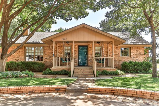 1013 School Avenue, Sundown, TX 79372 (MLS #201906938) :: The Lindsey Bartley Team