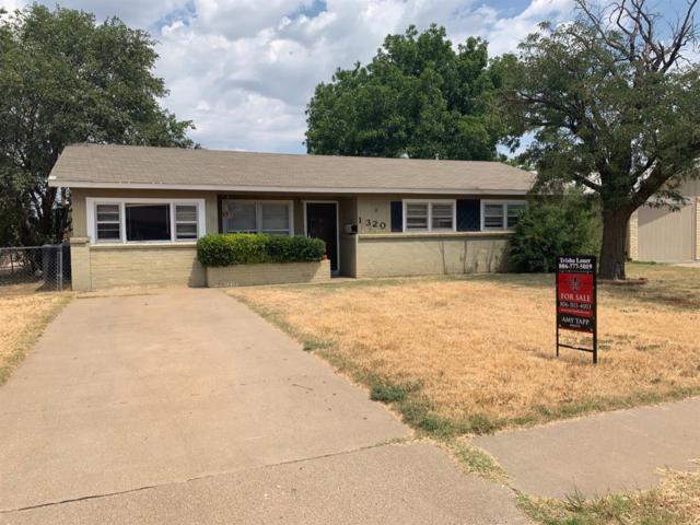 1320 43rd Street, Lubbock, TX 79412 (MLS #201907128) :: Lyons Realty