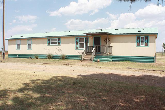 1312 N County Road 1600, Lubbock, TX 79416 (MLS #201907347) :: Lyons Realty