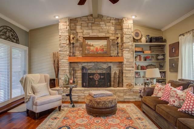 8610 Utica Avenue, Lubbock, TX 79424 (MLS #201907954) :: Stacey Rogers Real Estate Group at Keller Williams Realty