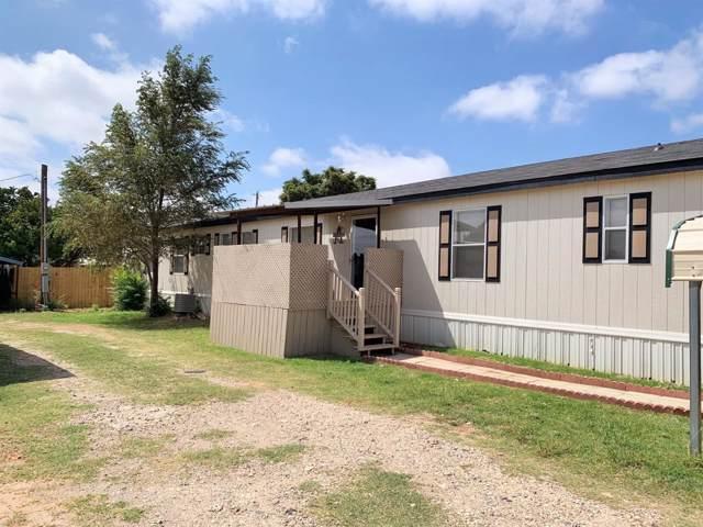 2402 Mockingbird Lane, Levelland, TX 79336 (MLS #201908397) :: Lyons Realty