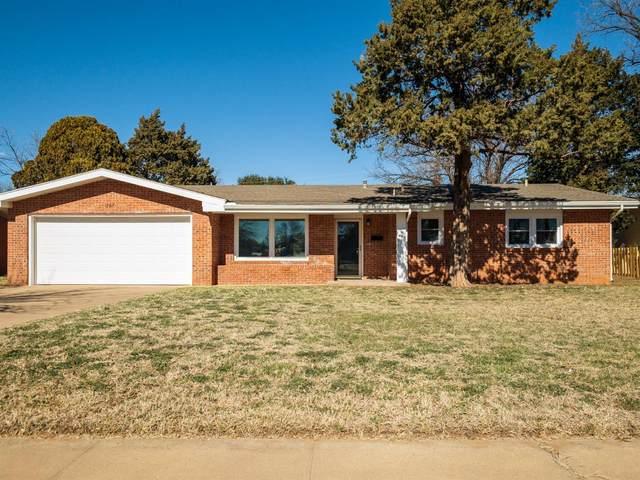 1707 E Buckley Street, Brownfield, TX 79316 (MLS #202000914) :: McDougal Realtors