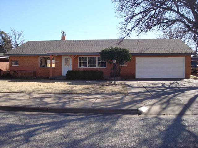 2207 59th Street, Lubbock, TX 79412 (MLS #202000956) :: Stacey Rogers Real Estate Group at Keller Williams Realty