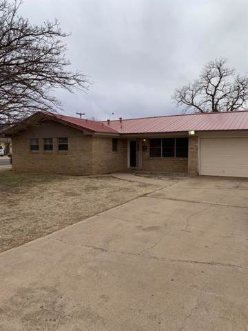 1301 46th Street, Lubbock, TX 79412 (MLS #202000997) :: Stacey Rogers Real Estate Group at Keller Williams Realty