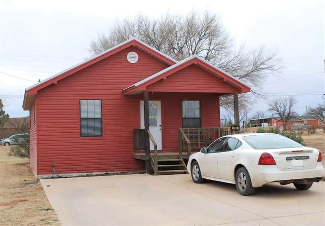 302 E Fourth Street, Sundown, TX 79372 (MLS #202001035) :: Stacey Rogers Real Estate Group at Keller Williams Realty