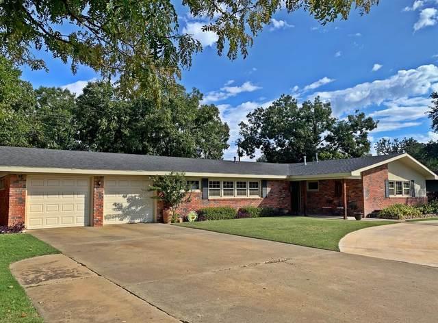 3210 46th Street, Lubbock, TX 79413 (MLS #202001053) :: Lyons Realty